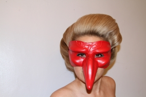 never mind the mask how great is that shade of blonde?